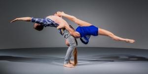 Duo-acrobatics